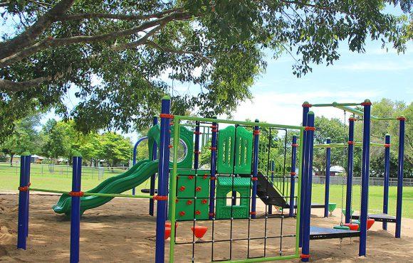 Lyndel Drive Park Play Ground